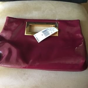 NWT AUTHENTIC MICHAEL KORS PATENT LEATHER CLUTCH